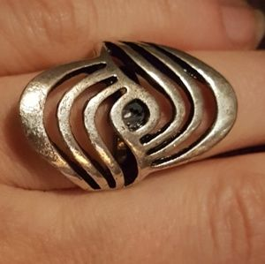 LashLounge Swirling Adjustable Ring Silver Pl.